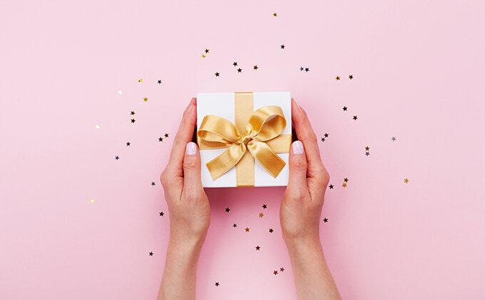 女性へのちょっとしたプレゼント(500円~3000円) 20代~50代のリアルな声が丸わかり!