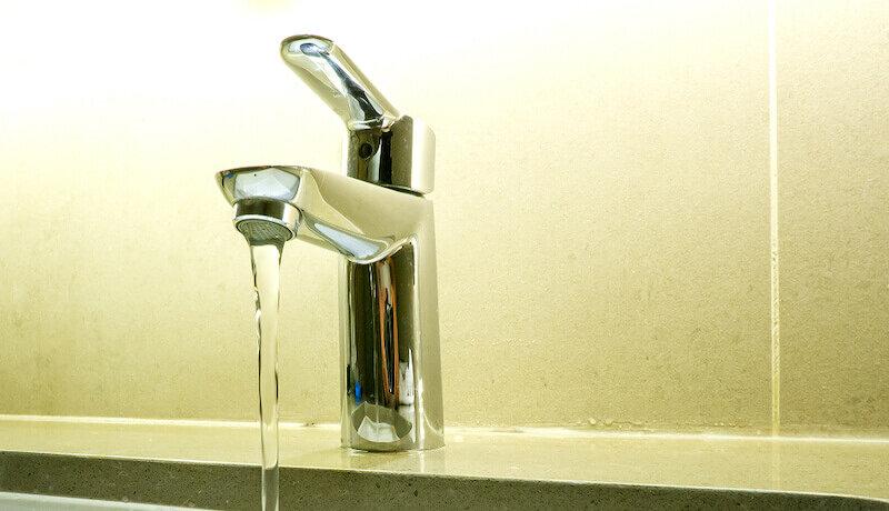 上下水道減免制度を知っていますか?ご両親のためにもあなたに知ってほしい優しい制度