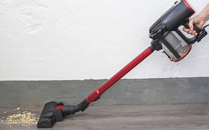 スティック掃除機おすすめ12選|家電ライター・藤山哲人が選び方やランキングを紹介