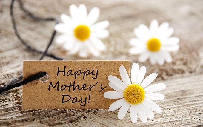 母の日のギフト・プレゼントおすすめランキング!親子に調査|花以外で喜ばれるのは?