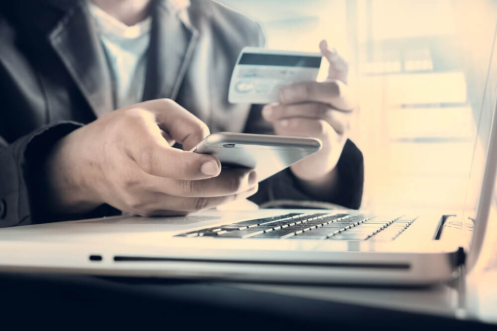 JCBカードの年会費はいくら?種類別の年会費や年会費を割引する方法を紹介!