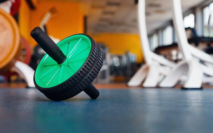 腹筋ローラーおすすめ9選|初心者から上級者まで専門家が効果的な使い方や回数を紹介