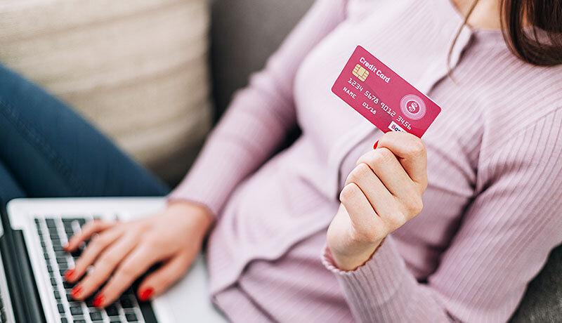 楽天PINKカードだけの6つのメリットを解説!楽天カードとの違いや切り替え方法も紹介