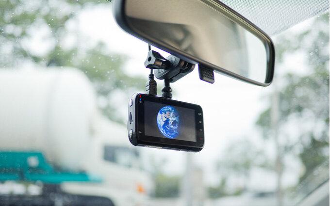 360度録画できるドライブレコーダーおすすめ10選|駐車監視にも!効果的に使用する方法も紹介