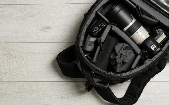 カメラバッグおすすめランキング15選|おしゃれなものや高機能タイプも【2020年最新】