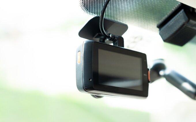 ユピテルのドライブレコーダーおすすめ16選|前後録画や全天球も【2020年最新版】