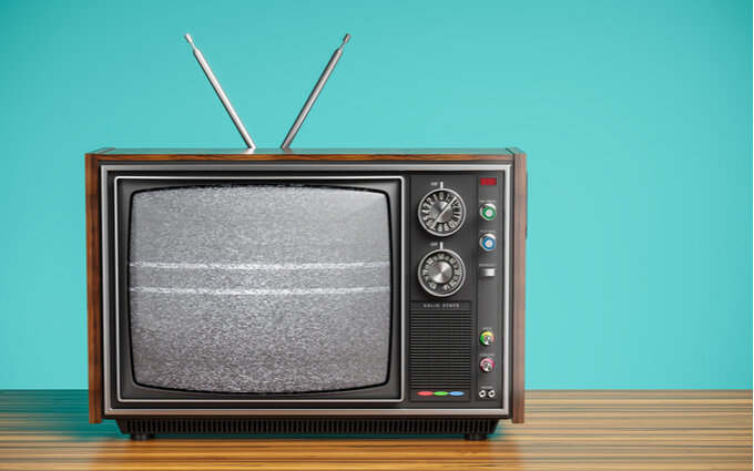テレビブースターおすすめ19選【室内・屋外用】取り付け位置のコツも解説!